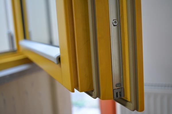 Habosított TSP tőmtítés, jó záródás habosított gumítőmítés, magas tolerancia szint, garantált zárás  DSC_0930.JPG